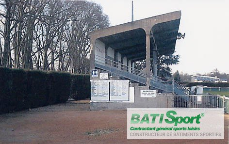 Rénovation de la tribune de Decize